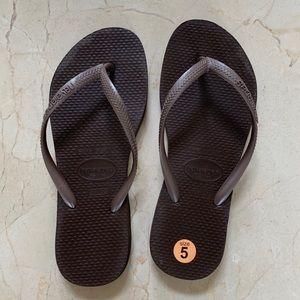 Havaianas NWOT Brown Flip Flop Sandals Sz 5